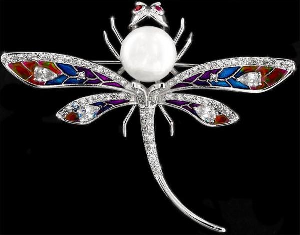 Brosche Libelle silberfarben mit einer Perle, roten und vielen weissen Strass Steinen BR031